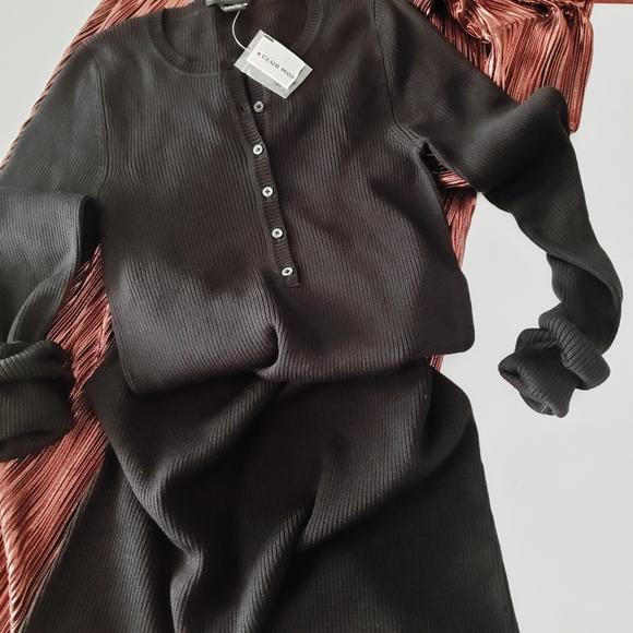 Club Monaco Dresses & Skirts - CLUB MONACO DRESS